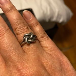 Retired James Avery Lovers Knot Ring